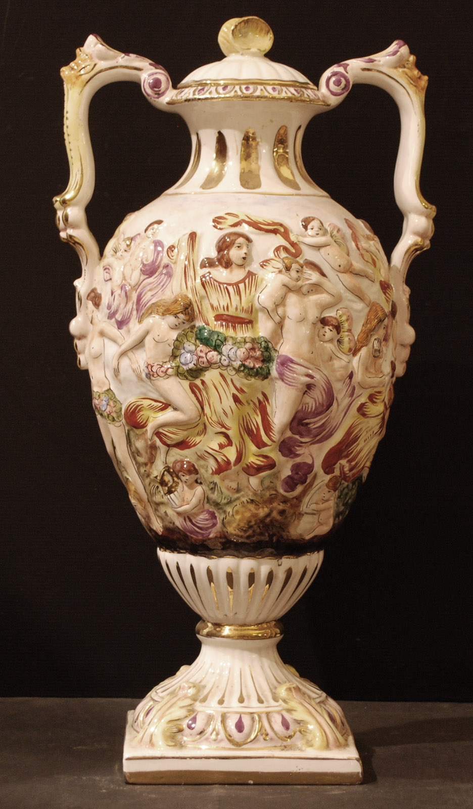 Vaso in ceramica capodimonte node field autore for Vaso capodimonte